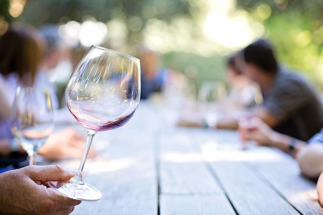 Corporate Gifting and Virtual Wine Tastings P